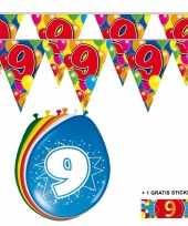 Voordeelverpakking 9 jaar met 2 slingers en ballonnen